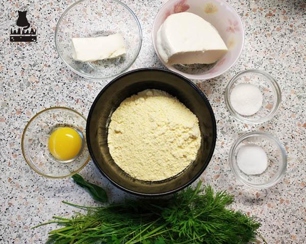 Как приготовить кукурузные лепешки с сыром и зеленью
