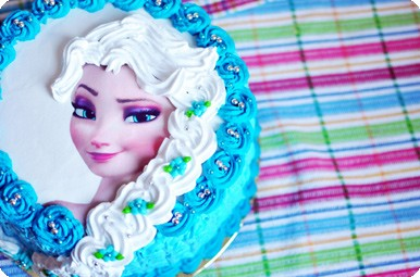 """Торт """"Холодное сердце"""" с Эльзой"""