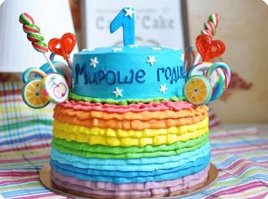 Торт двухъярусный с леденцами