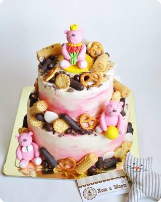 Двухъярусный торт с медвежатами2