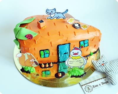 Торт в виде морковного домика