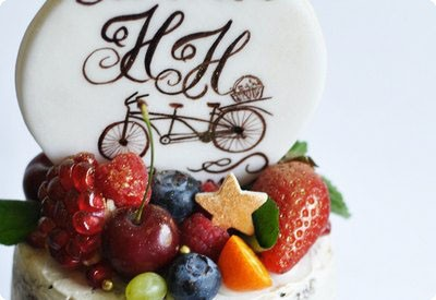 свадебный трёхъярусный торт