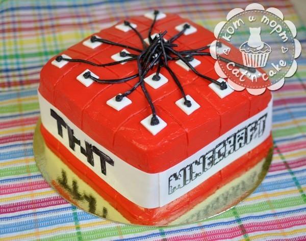 Торт «Майнкрафт»