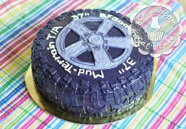 Торт «Колесо от джипа»