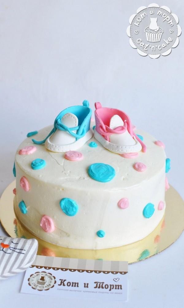 Торт с кедиками