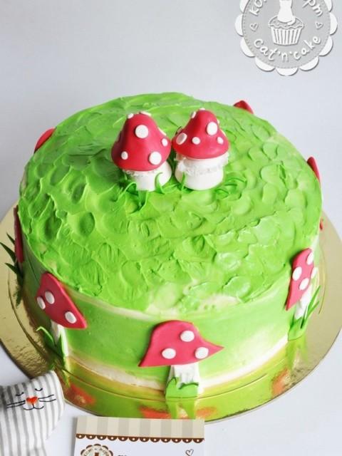 Торт с двумя грибочками