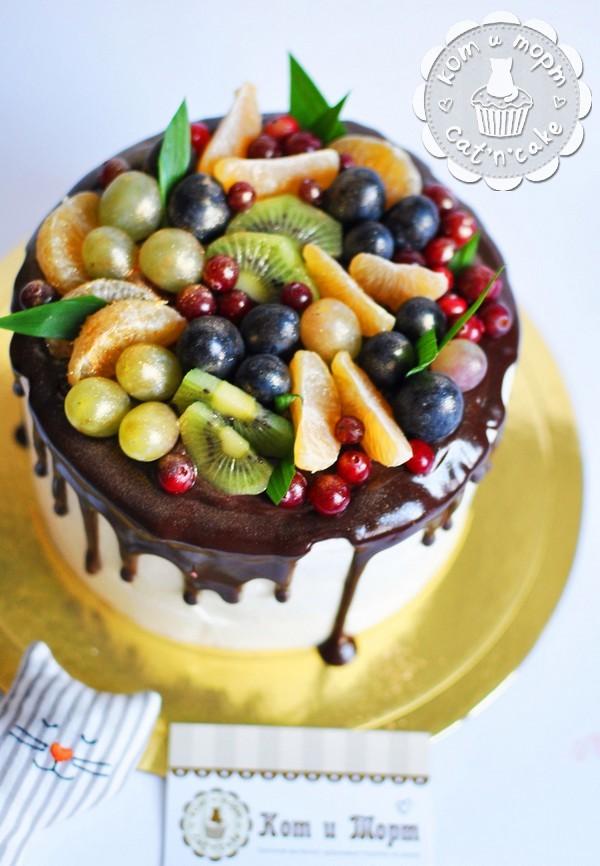 Торт с ягодным миксом