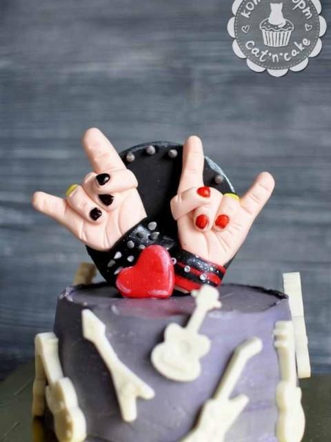 Рок-торт с гитарами на свадьбу