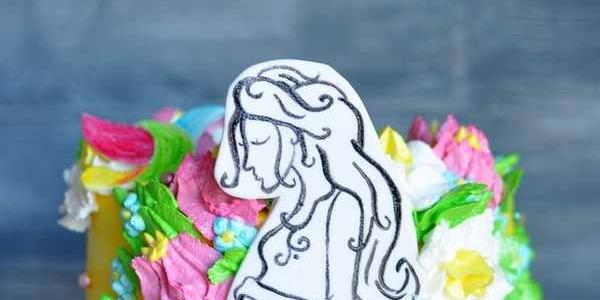 Торт с цветами для беременной