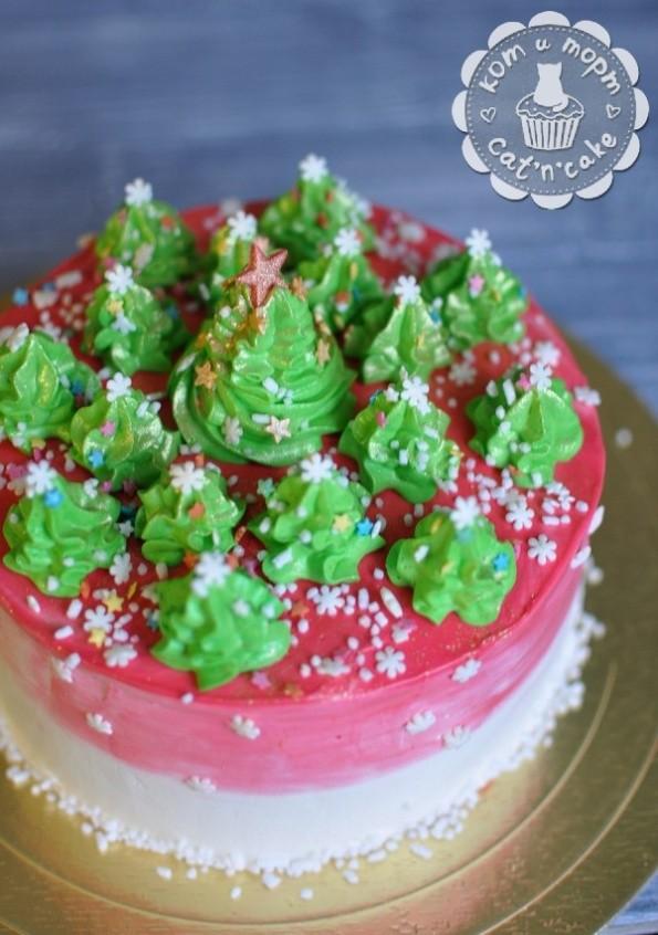 Красный торт с ёлочками