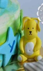 Фигурка из мастики «Кролик-2»