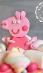 Фигурка из мастики «Свинка Пеппа»