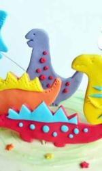 Фигурка из мастики «Динозавры»