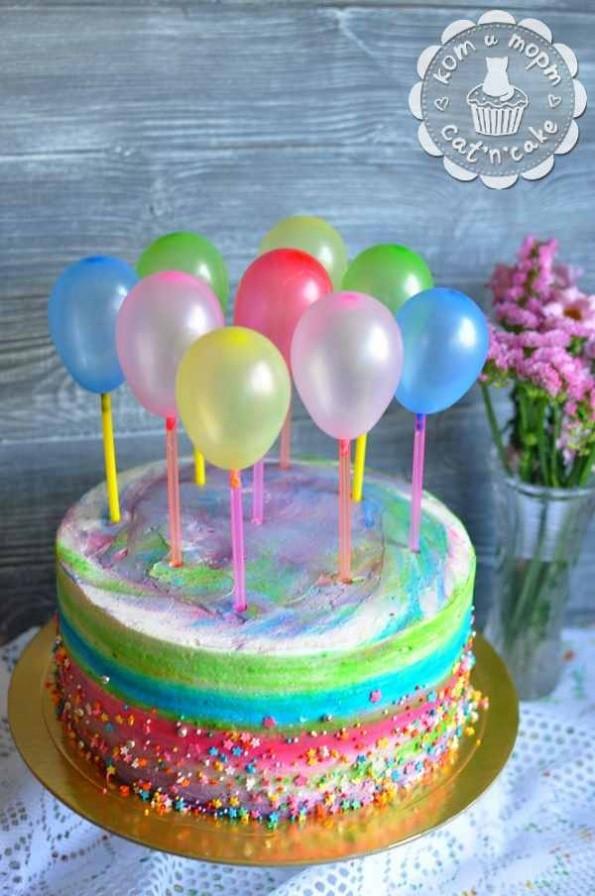 Торт с шариками