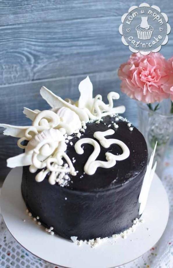 Чёрно-белый торт на 25-летие