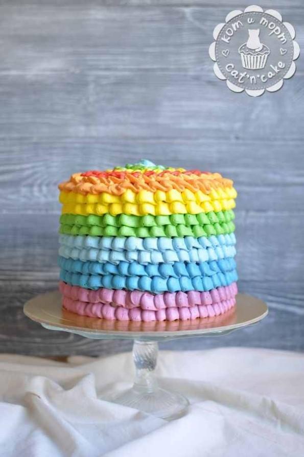 Торт радужный классический