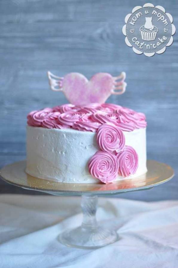 Торт-валентинка с сердцем
