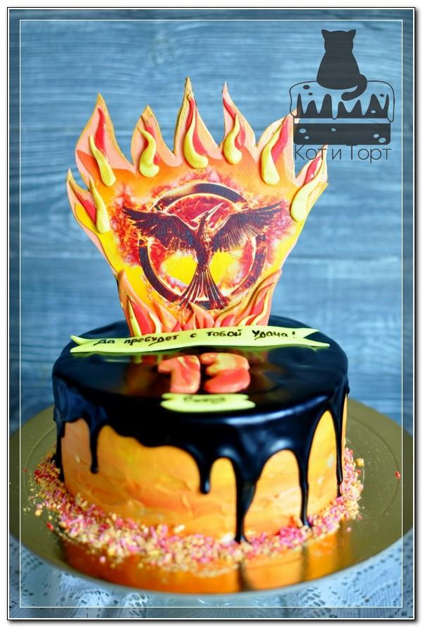Торт на удачу с птицей Фениксом