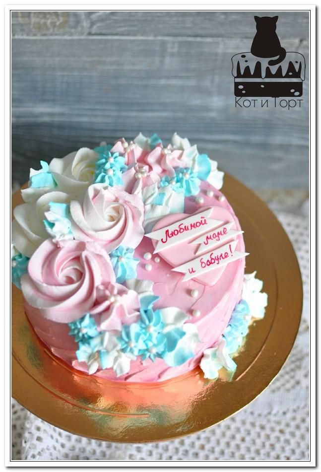 Торт с цветами для мамы и бабули
