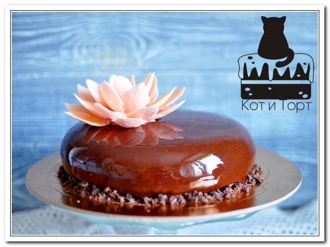 Торт с шоколадным лотосом