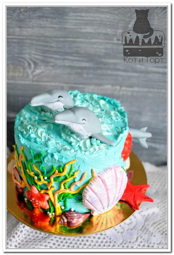 Мосркой торт с дельфинами