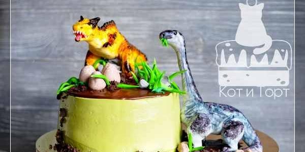 Торт с двумя динозаврами