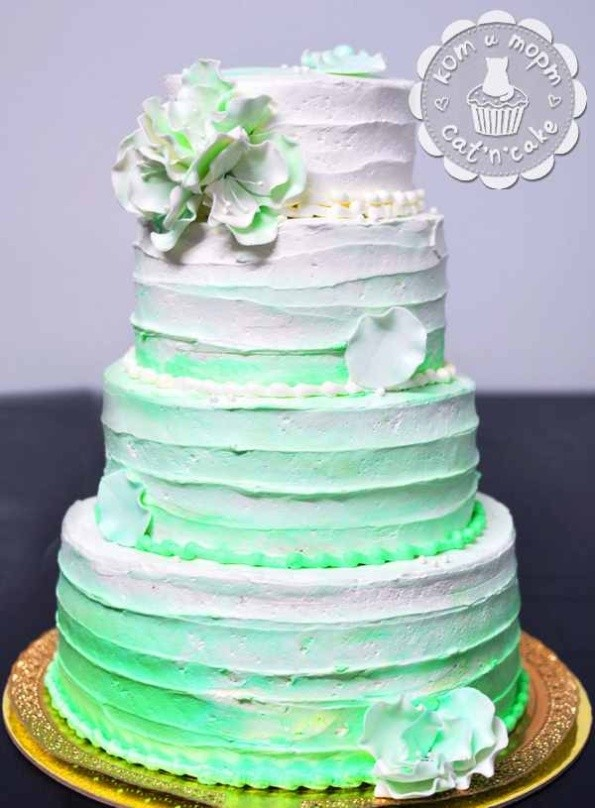 Четырёхъярусный свадебный торт