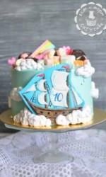 Торт с корабликом