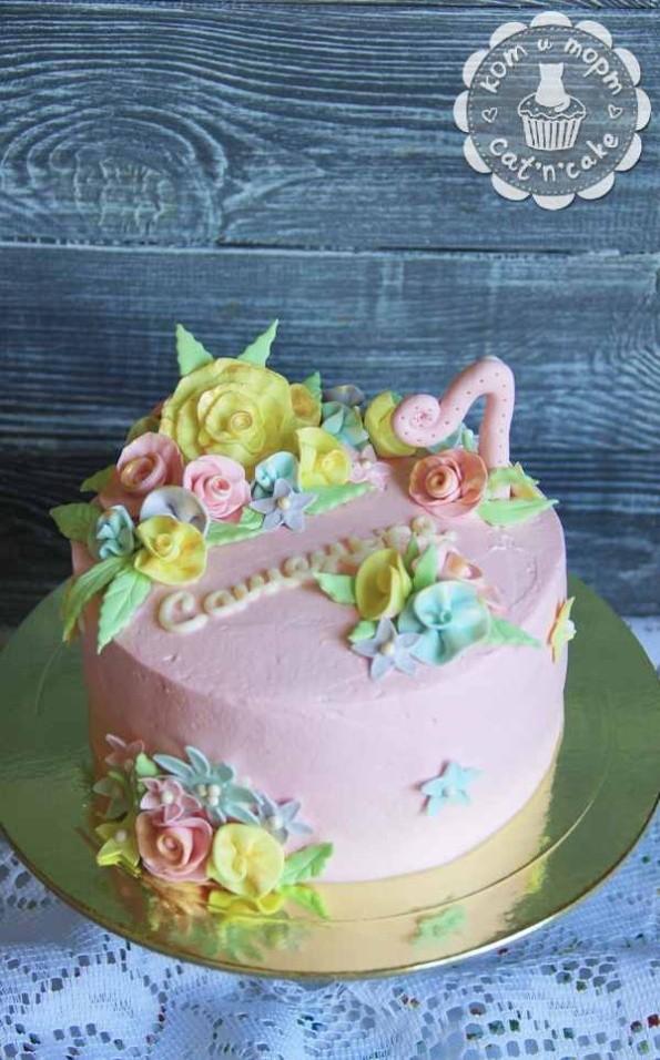 Нежно-розовый торт для Сашеньки