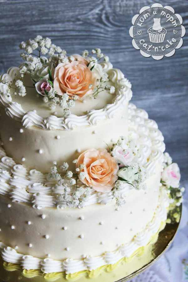 Белый свадебный торт-2