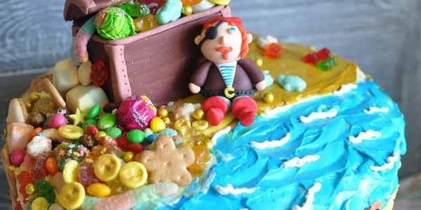 Торт с пиратом и сокровищами
