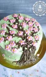 Торт с цветущей сакурой