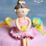 Балерина на торте
