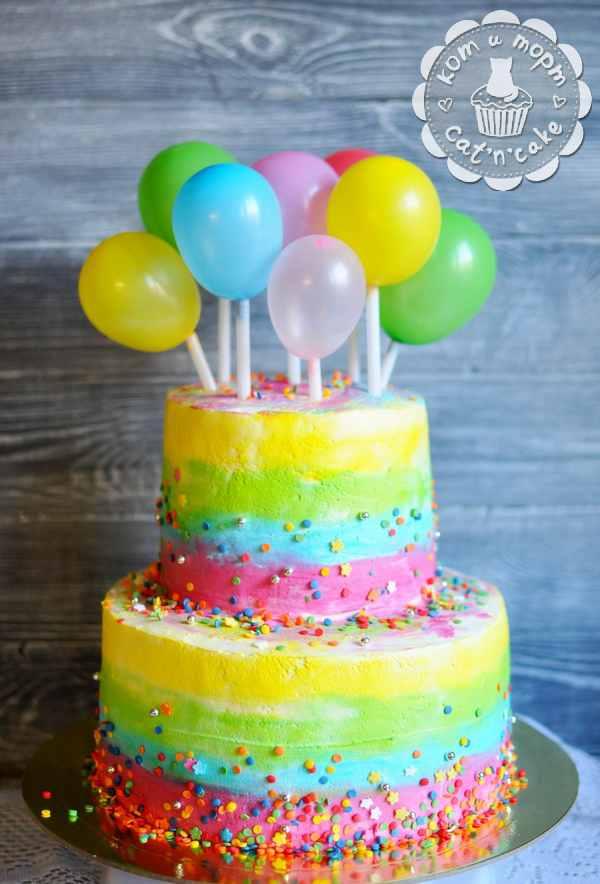 Радужный торт с шариками