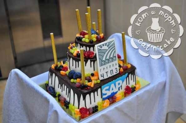 Торт на 100 человек для «ЧТПЗ»