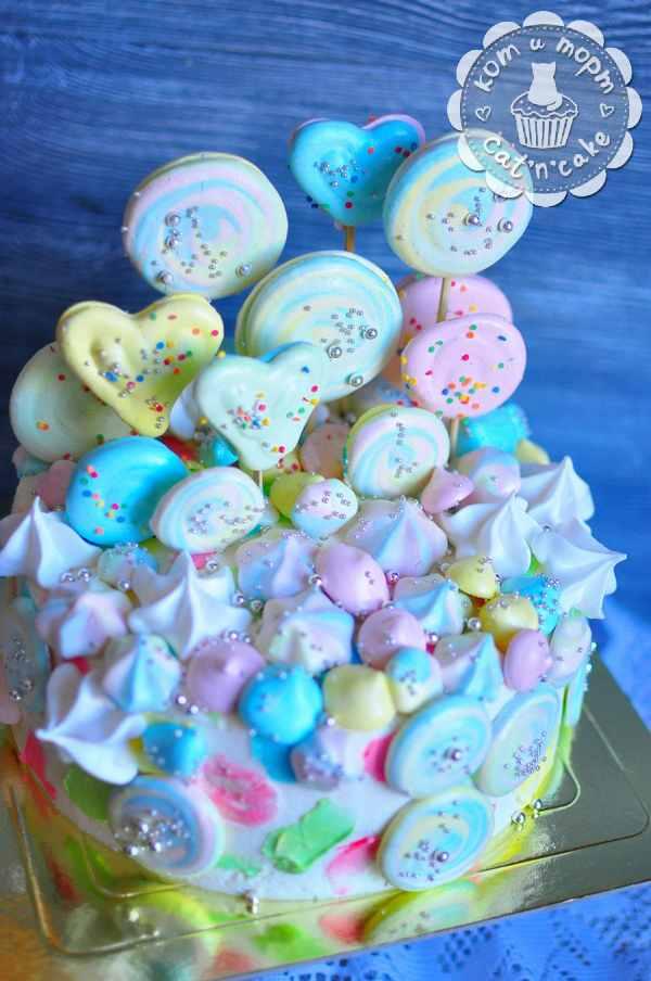 Торт с печеньем и зефирками-2
