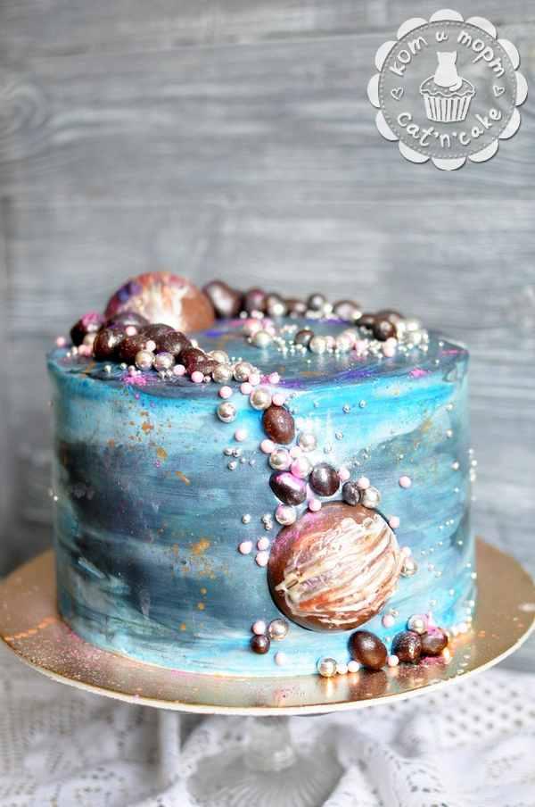 Торт ко дню космонавтики