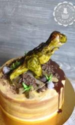 Торт с динозавром