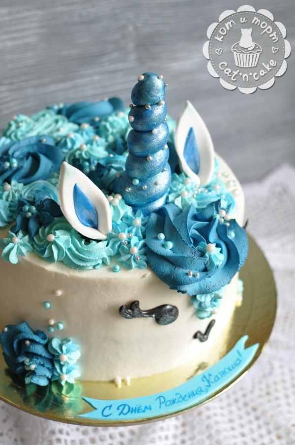 Бирюзовый торт-единорог