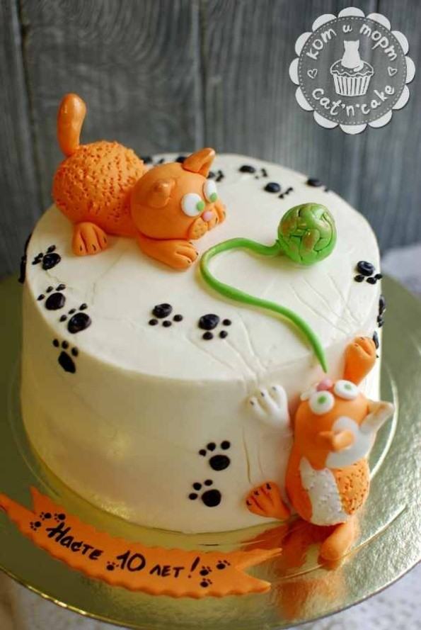 Торт для девочки с двумя котами