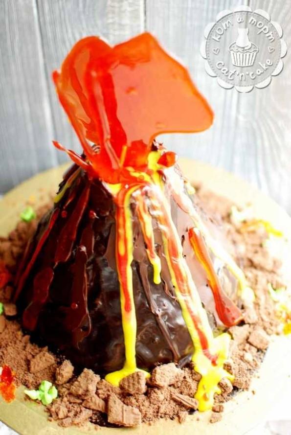 Торт-вулкан