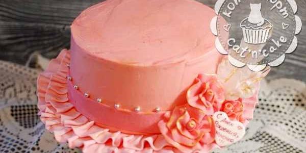 Розовый торт-шляпка