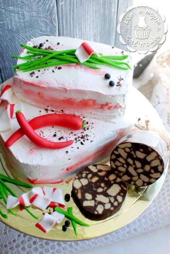 Торт с салом и колбасой