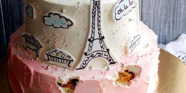 Торт с единорогом-французом в Париже