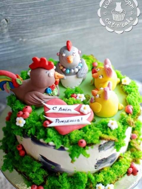Торт с курочкой, петушком и двумя цыплятами
