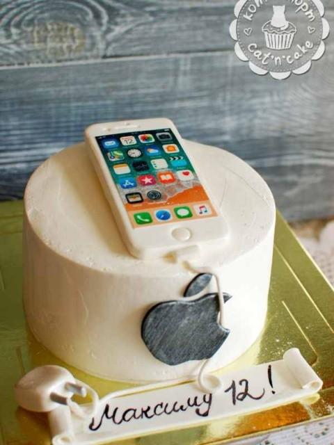 Торт с Айфоном