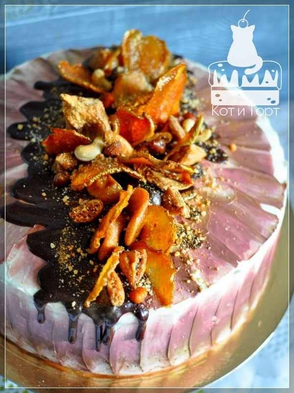 Торт с карамельной грушей