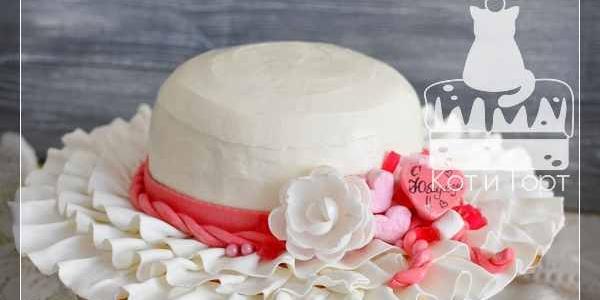 Торт-шляпа