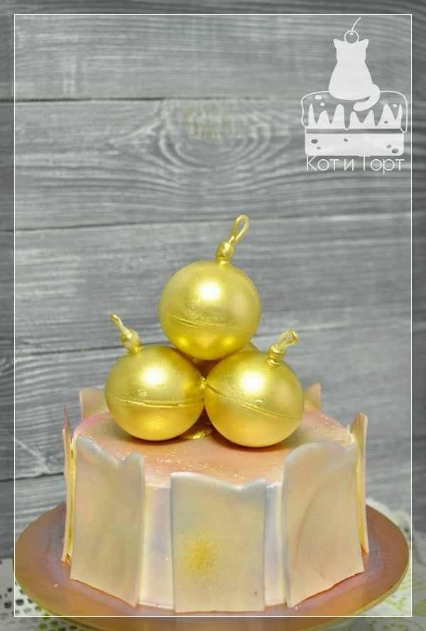 Торт Три ёлочных шара