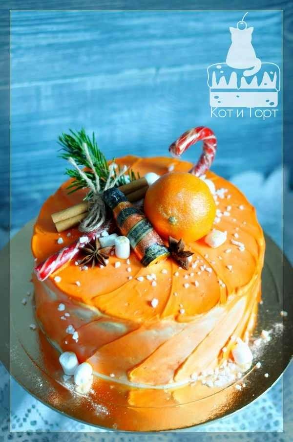Оранжевый новогодний торт